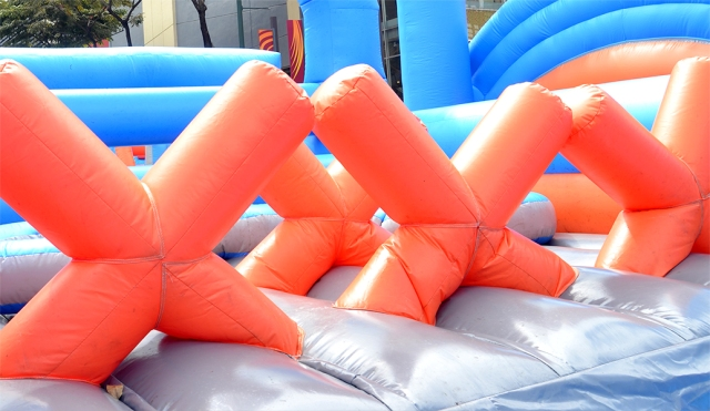 16-Inflatable Play Area